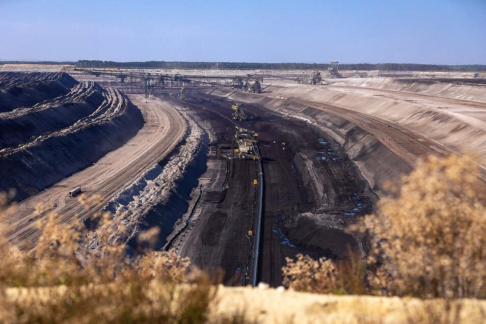Der Tagebau Nochten – bis Ende des Jahrhunderts wird sich die Tagebaulandschaft in der Lausitz weiterentwickeln. Und dieser Landschaftswandel soll auch mit einem Welterbe-Titel möglich sein.