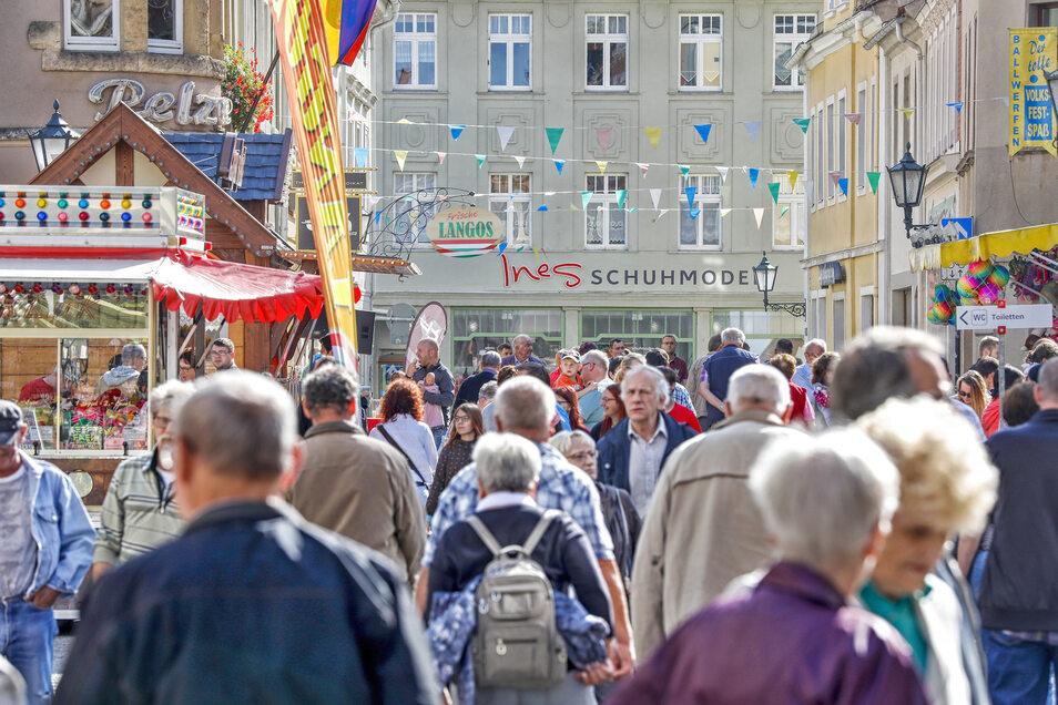 Besuchermagnet Stadtfest: Jahrelang hatten die Händler dieses Fest organisiert, um Gäste und Löbauer auch in die Geschäfte zu locken. Nun braucht es mehr als ein Fest.
