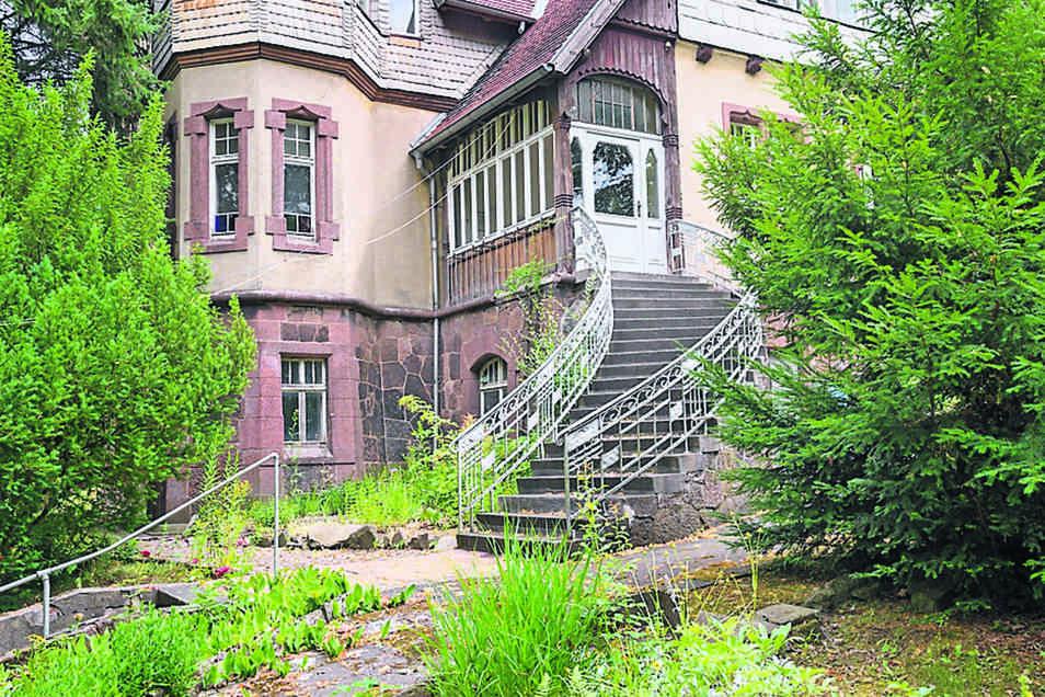 Die Bauch-Villa an der Gersdorfer Straße soll einer breiten Nutzung zugeführt werden. Den Initiatoren ist wichtig, den Charme des Hauses – außen wie innen – zu bewahren.