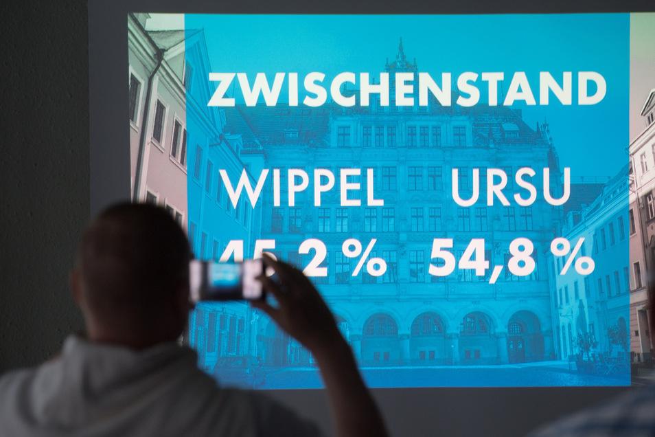 CDU-Landtagsabgeordneter Octavian Ursu konnte sich im zweiten Wahlgang am Sonntag mit 55,1 Prozent der Stimmen gegen seinen Kontrahenten Sebastian Wippel (AfD) durchsetzen.