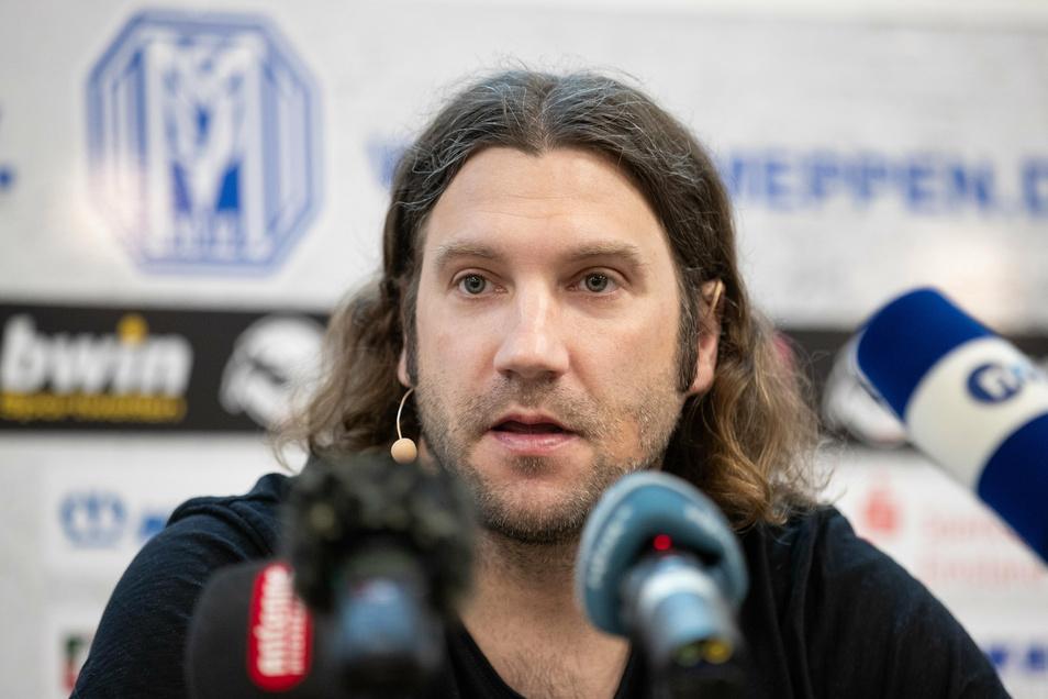 Ex-Nationalspieler Torsten Frings darf als Trainer des SV Meppen am Samstag in Dresden nicht von der Bank aus coachen.