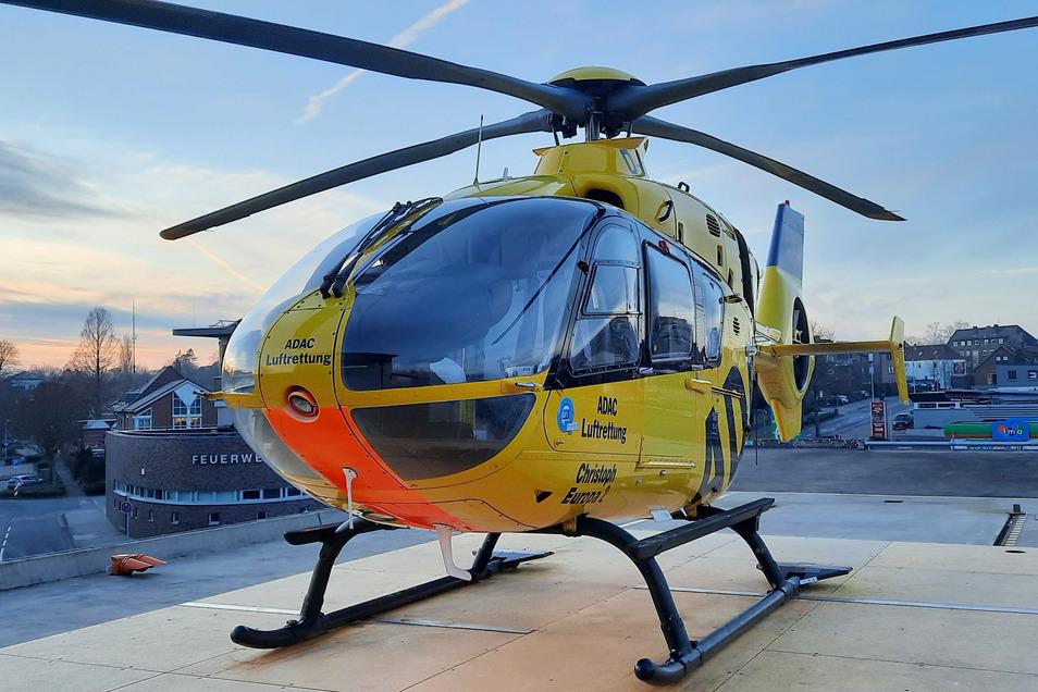 Nicht mal der Helikopter ist für den kleinen Martin Timotheus aus Nordrhein-Westfalen schnell genug gewesen - er ist im Anflug auf das Klinikum Osnabrück in 150 Metern Höhe zur Welt gekommen.