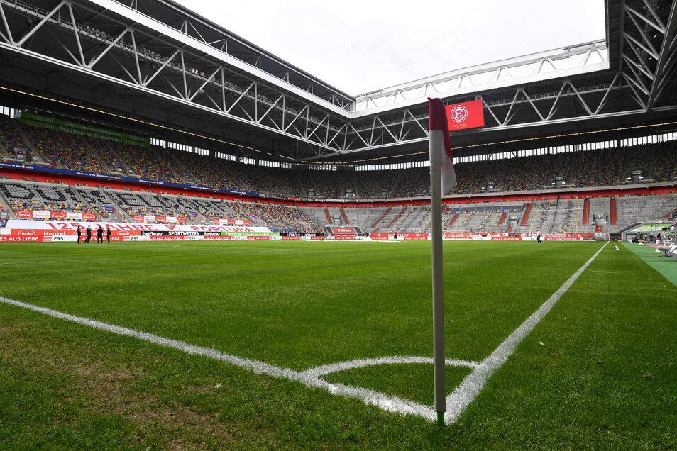 Fortuna Düsseldorf | Merkur Spiel-Arena | Kapazität: 54.600 | Auslastung: 25.000 | Auslastung in Prozent: 46.