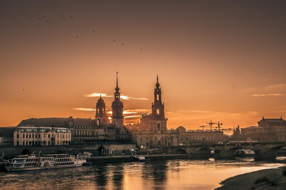 Mit dem Dresdner Immobilienabend erhalten Eigentümer die Chance, mit Experten aus der Immobilienwirtschaft ins Gespräch zu kommen.
