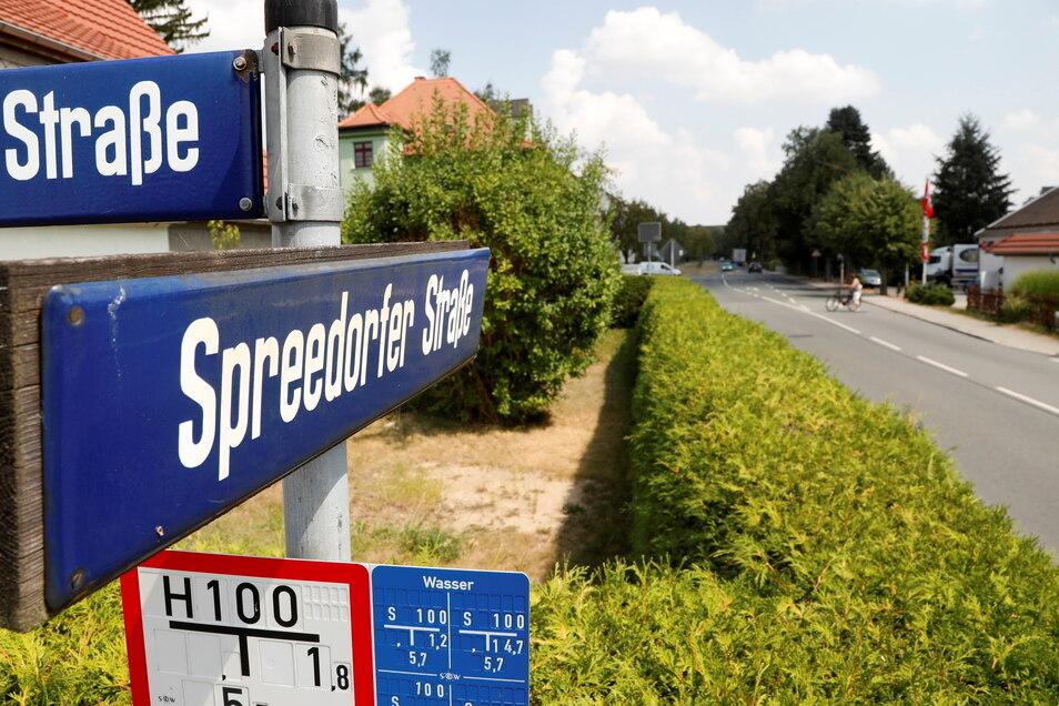 An der Spreedorfer Straße in Ebersbach-Neugersdorf wird erst einmal nicht weiter gebaut.