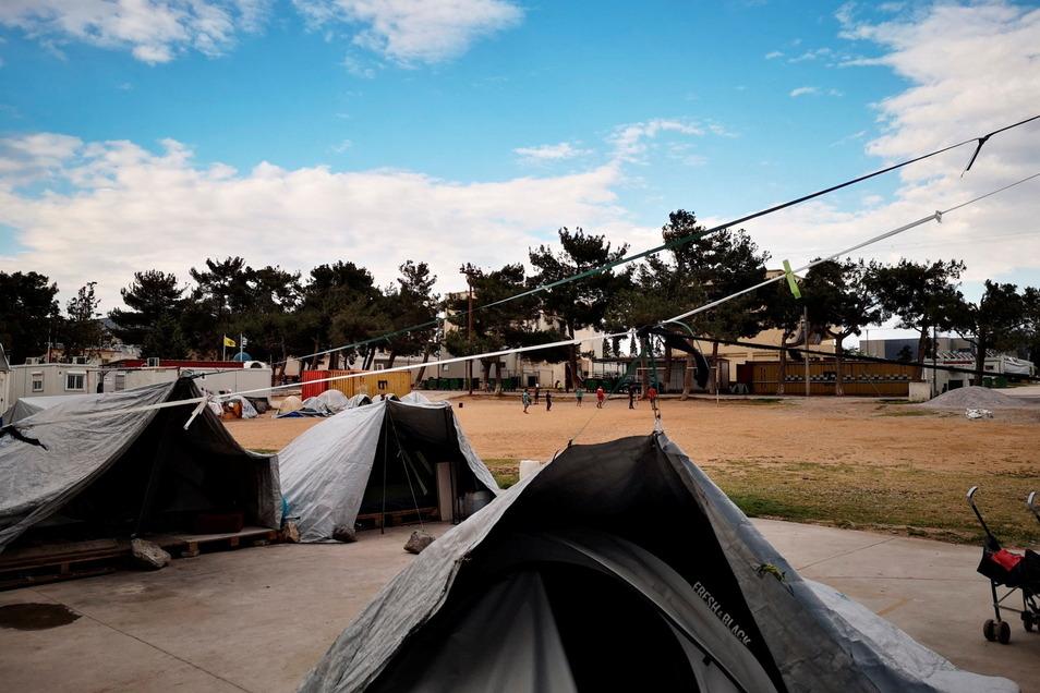 Viele Bewohner der Camps leben schon seit Jahren hier. Finanzielle Unterstützung durch die griechische Regierung gibt es nicht.