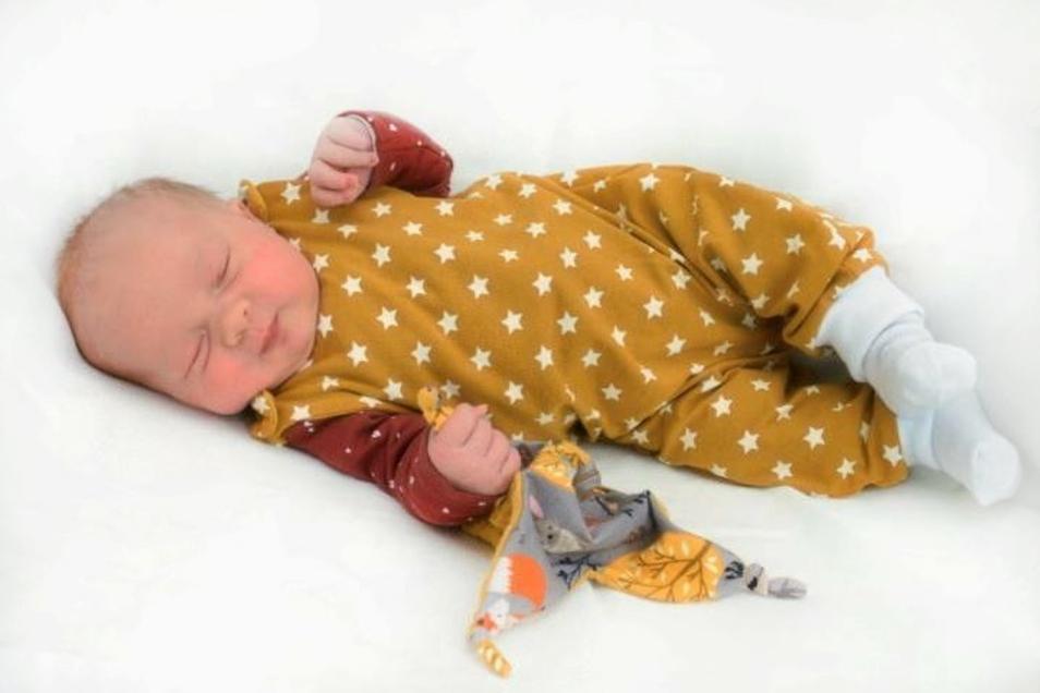 Sara Röthig;Geboren am 21. Oktober 2020; Geburtsort: Ebersbach-Neugersdorf; Gewicht: 4.100 g; Größe: 52 cm; Eltern: Susi und Ralf Röthig; Wohnort: Löbau