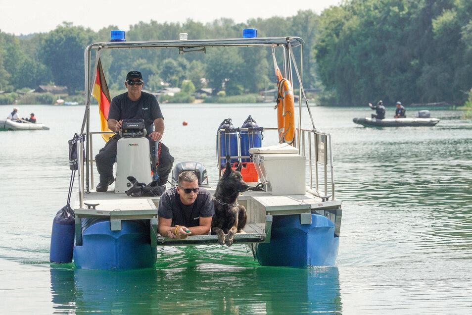 Bei der Suche nach einem vermissten Schwimmer in der Olba sind auch Leichenspürhunde eingesetzt worden.