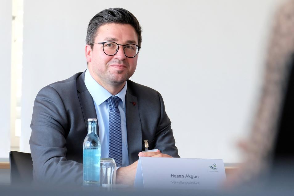 Hasan Akgün möchte als neuer Verwaltungsdirektor wichtige Kernthemen am Elblandklinikum Meißen angehen.