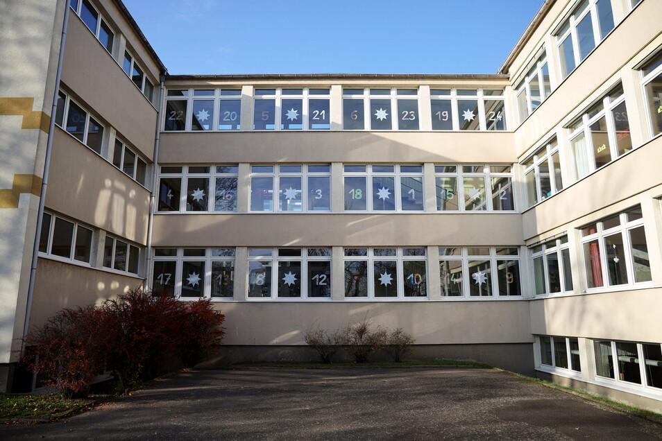 Blick auf die Trinitatisschule in Riesa.
