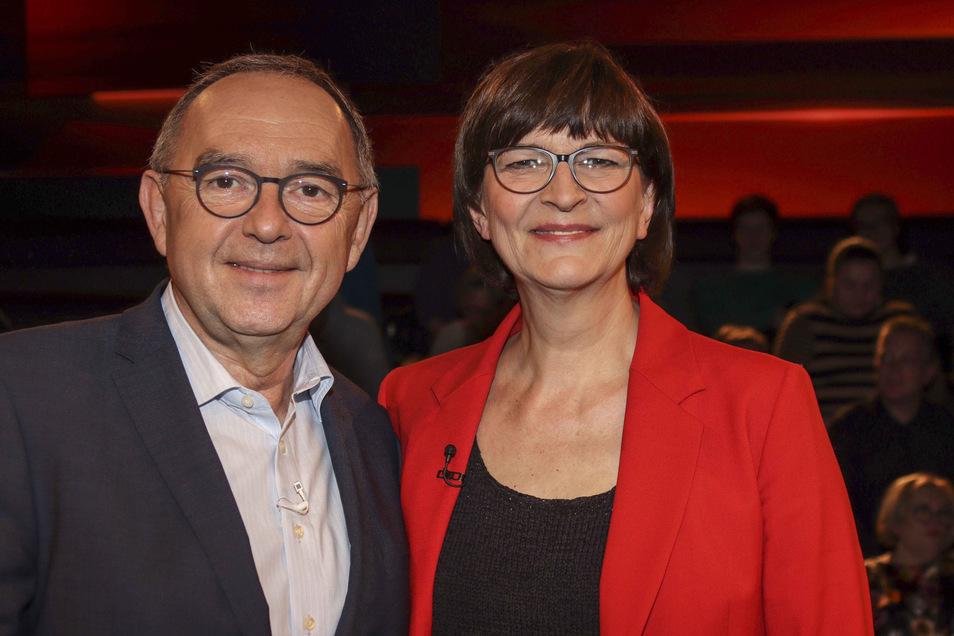 Saskia Esken und Norbert Walter-Borjans werden voraussichtlich die neuen SPD-Vorsitzenden.