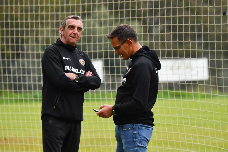 Dynamos Geschäftsführer Ralf Minge (l.) und Michael Born können die Fragen vieler Fans derzeit nicht beantworten und bitten um Geduld.