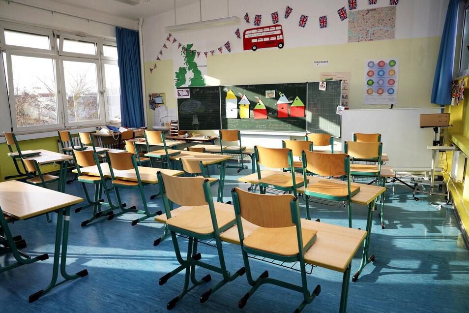 Auch in der Riesaer Trinitatis-Grundschule sind die Klassenzimmer leer.