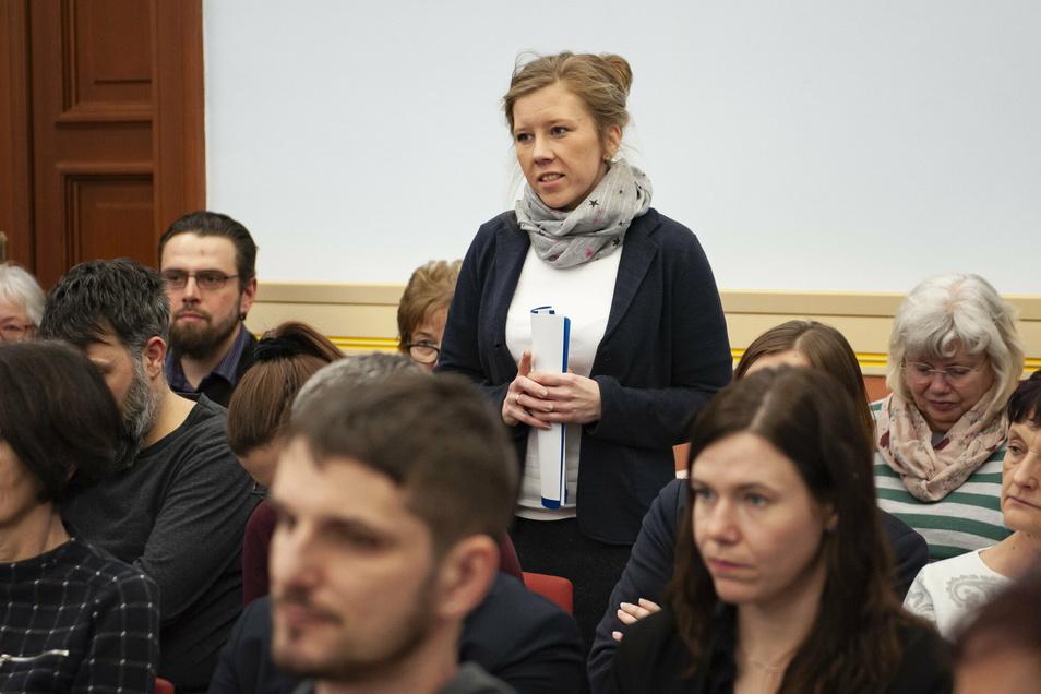 In der Stadtratssitzung entscheiden sich die Abgeordneten für den teurer werdenden Neubau der Kita Chladeniusstraße, hier Leiterin Kathleen Michel.