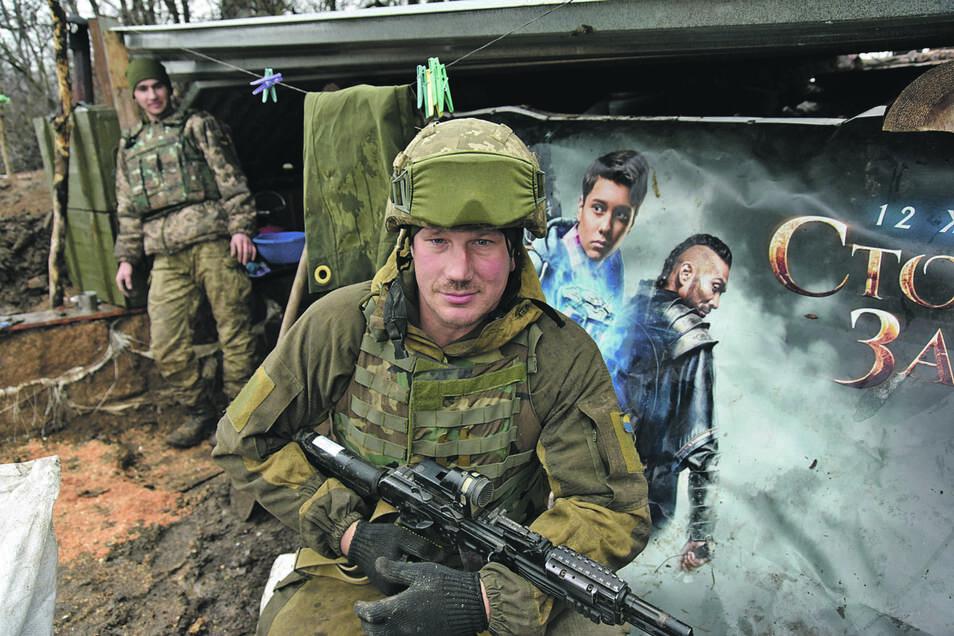 Nur wenige Kilometer vor der Stadt verläuft die Frontlinie zu den Gebieten der Separatisten.