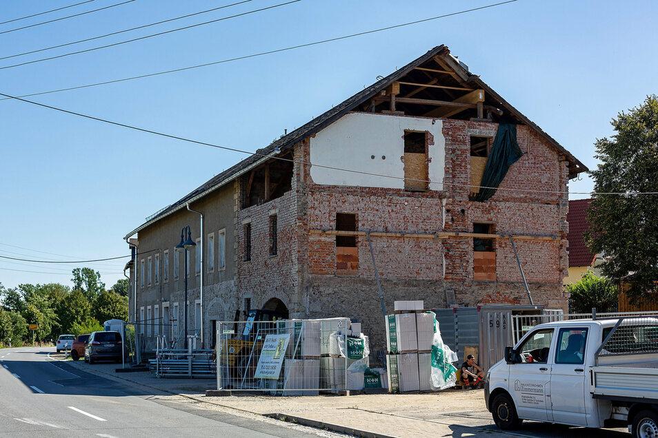 Der ehemalige Gasthof ist dieses Jahr eine der größten Baustellen in der Gemeinde Klingenberg. Hier entstehen Gemeinschaftsräume für die Vereine und die Feuerwehr.