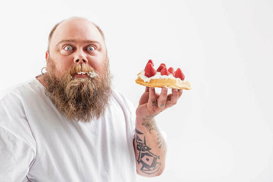Ertappt: Die meisten wissen sehr wohl, dass zu viel Süßes dick macht, können aber den Versuchungen nicht widerstehen.