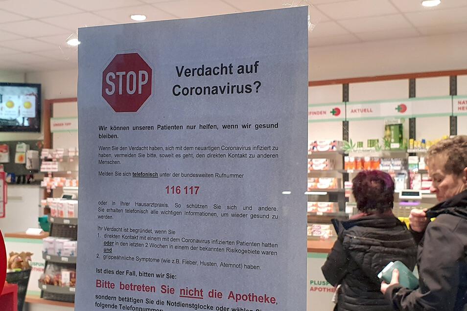 Die Pluspunkt-Apotheke Pirna bittet Kunden um größte Umsicht.