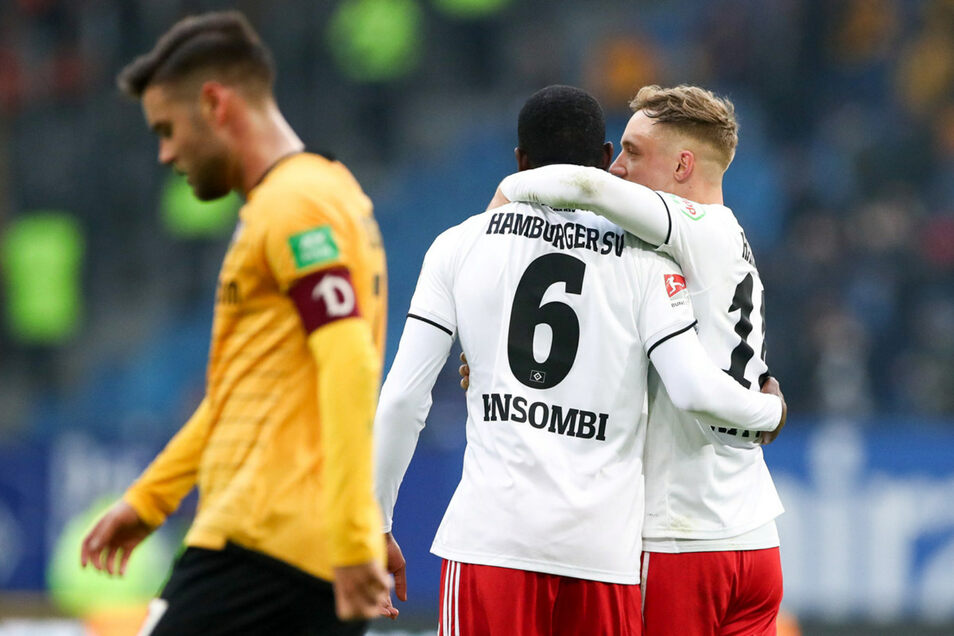 Dynamos Kapitän Niklas Kreuzer lässt den Kopf hängen. Trotz seines Treffers feiern am Ende die Hamburger.