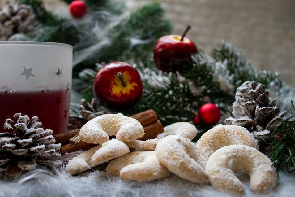 Zu viel Essen und Trinken? Zu Weihnachten ganz normal und mit einem Nickerchen zwischendurch doch verträglich.
