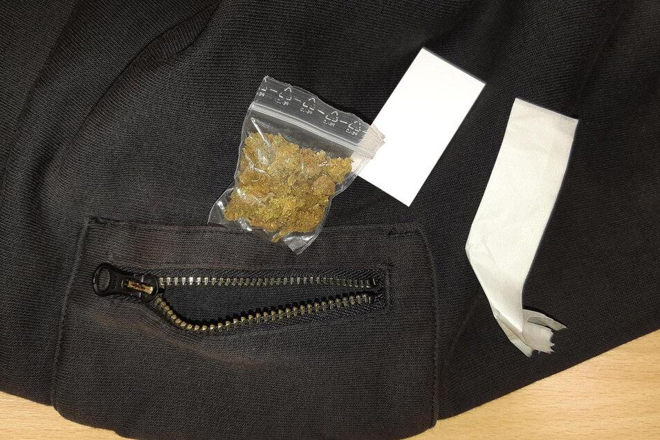 Etwa zwei Gramm Marihuana hatte der Mann in einem Cliptütchen dabei.