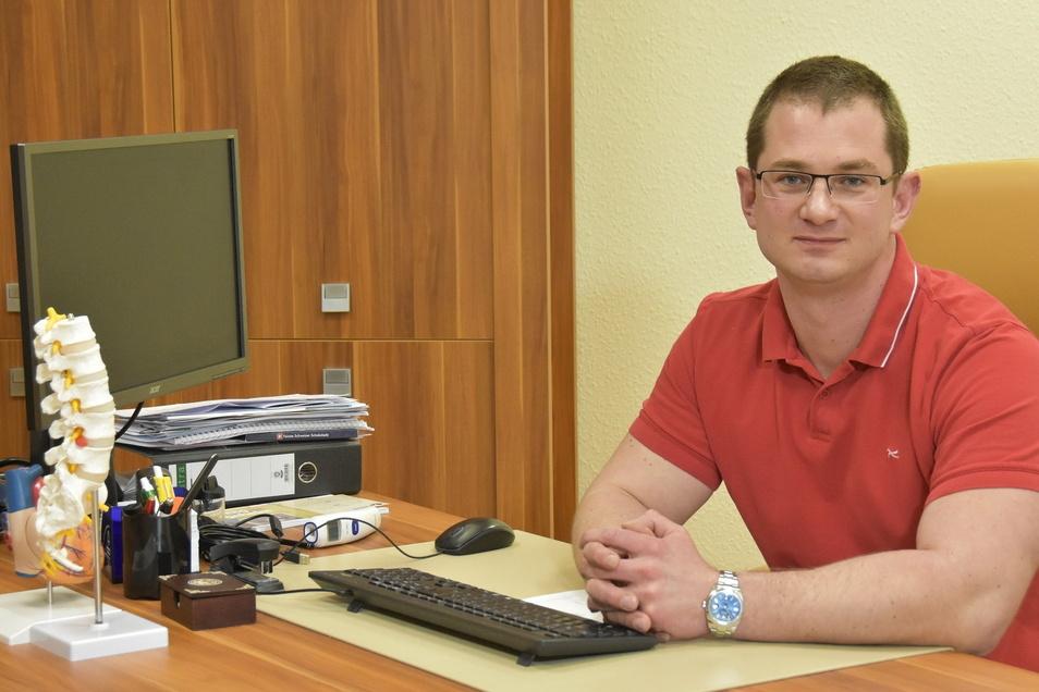 Ein Bild aus dem Jahr 2018. Vratislav Prejzek ist eigenen Angaben nach Internist sowie leitender Notarzt. In Sluknov betreibt er seit mehreren Jahren eine Praxis, ebenso in Görlitz-Königshufen.