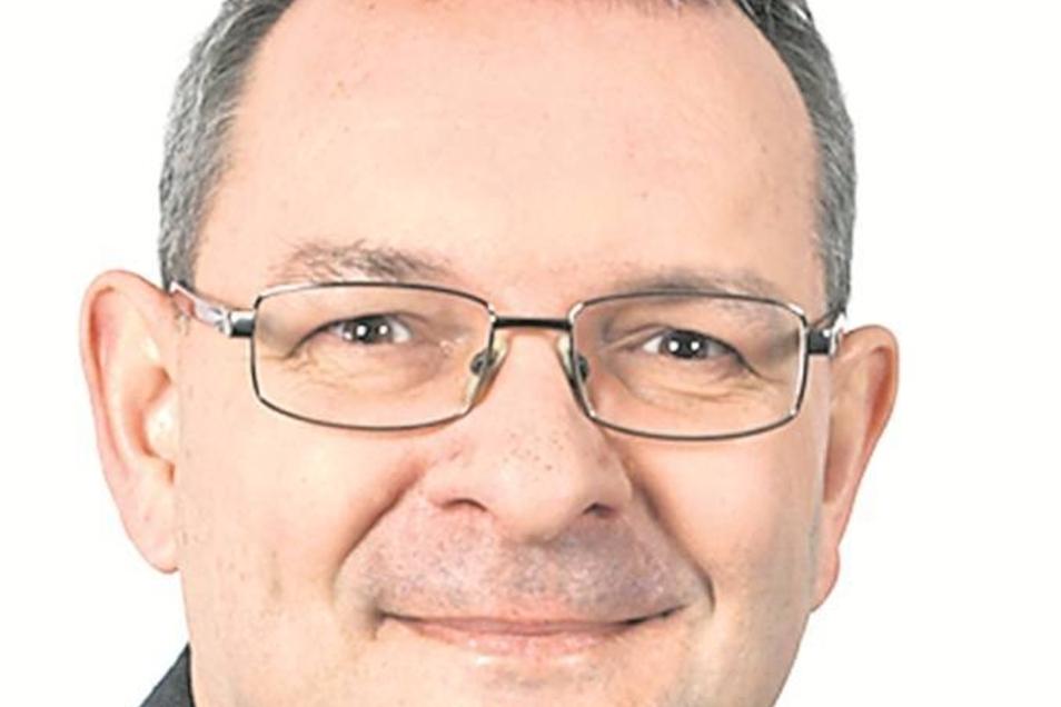 Sind sich bei der Stadthalle nicht immer einig: Bürgermeister Michael Wieler (li.) und Thomas Leder.
