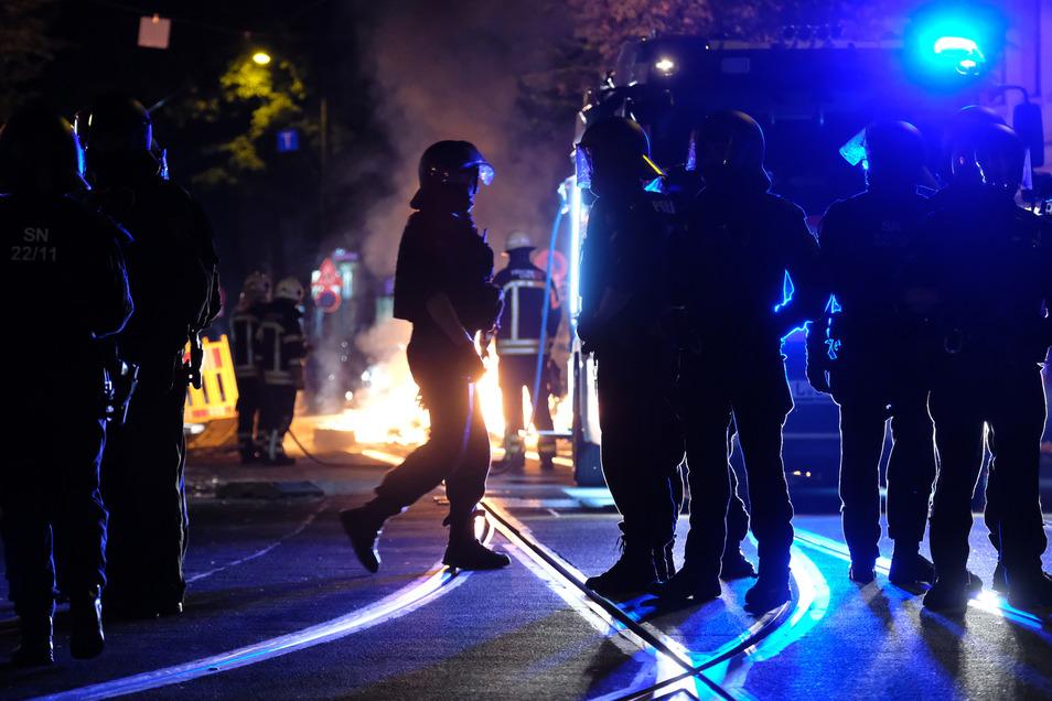 Kommt es am Samstag zu Ausschreitungen in Leipzig? Bei Indymedia wird zum Angriff auf die Polizei aufgerufen.