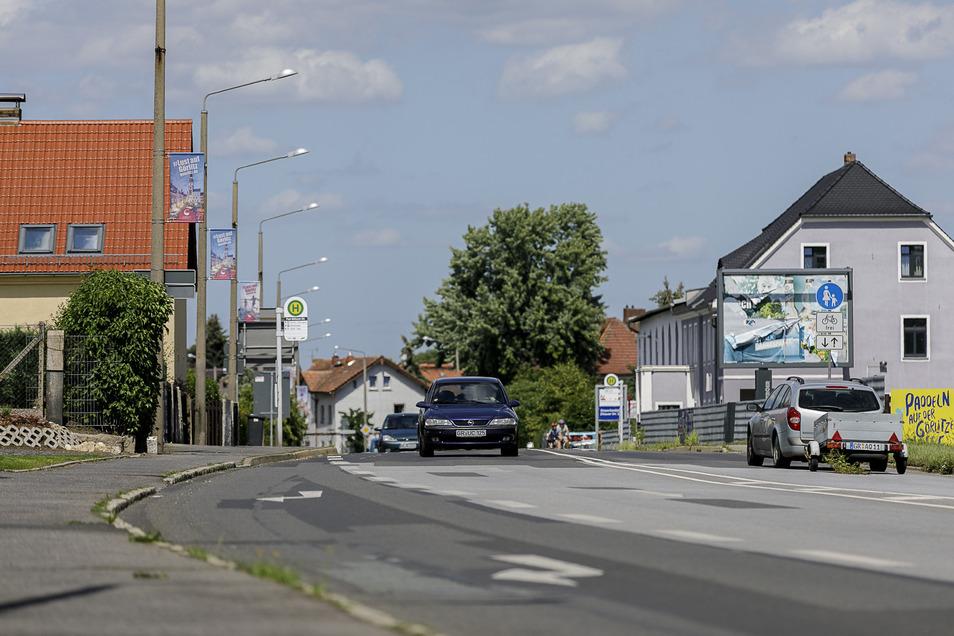 Anwohner der Zittauer Straße in Weinhübel fühlen sich nachts von lärmenden Jugendlichen gestört.