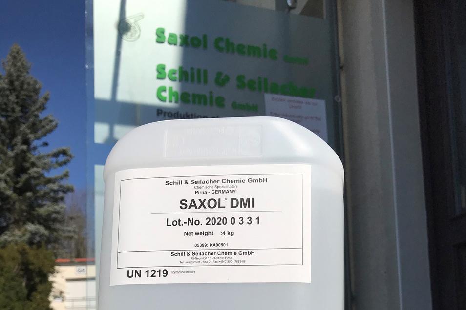 """Desinfektionsmittel von """"Schill + Seilacher"""": Erst für den Eigenbedarf, jetzt für soziale Einrichtungen."""