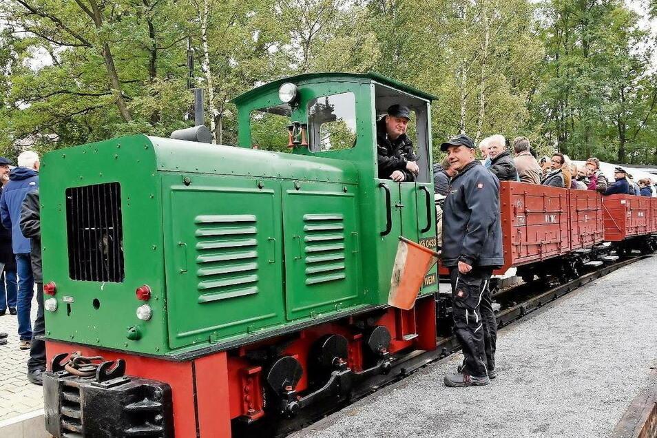 Fahrscheine für Einzel-, Gruppen- und Sonderfahrten können bei der Waldeisenbahn , die von Weißwasser nach Bad Muskau und Kromlau fährt, ebenso wie Souvenire digital gebucht werden. Nun zieht das Neißeland nach. Betreiber von Pensionen und Ferienwohnungen