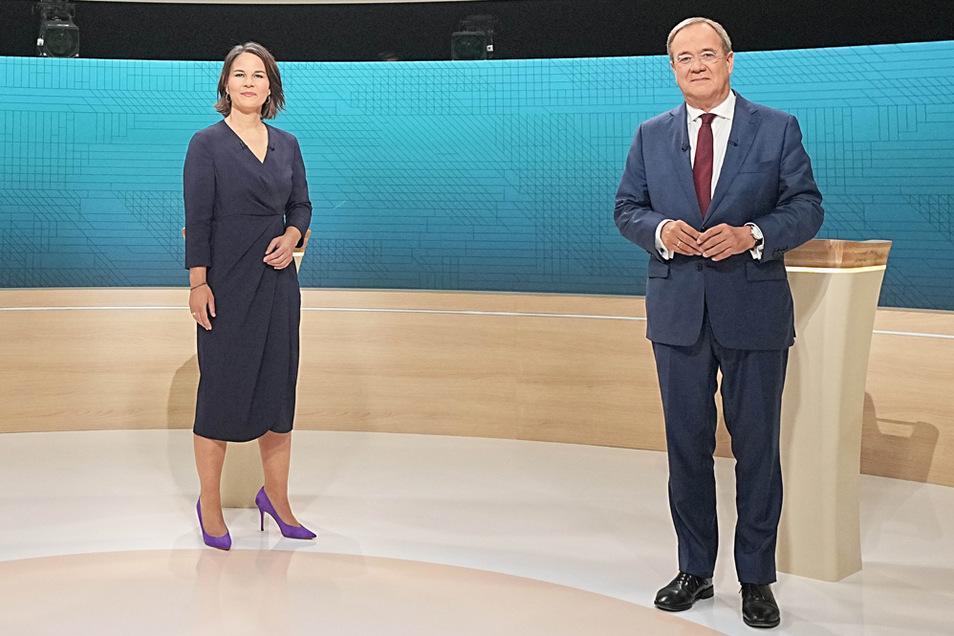 Kanzlerkandidatin Annalena Baerbock (Bündnis90/Die Grünen) und Unions-Kanzlerkandidat Armin Laschet (CDU) beim TV-Triel. Grüne und Union treffen sich zu Sondierungen.