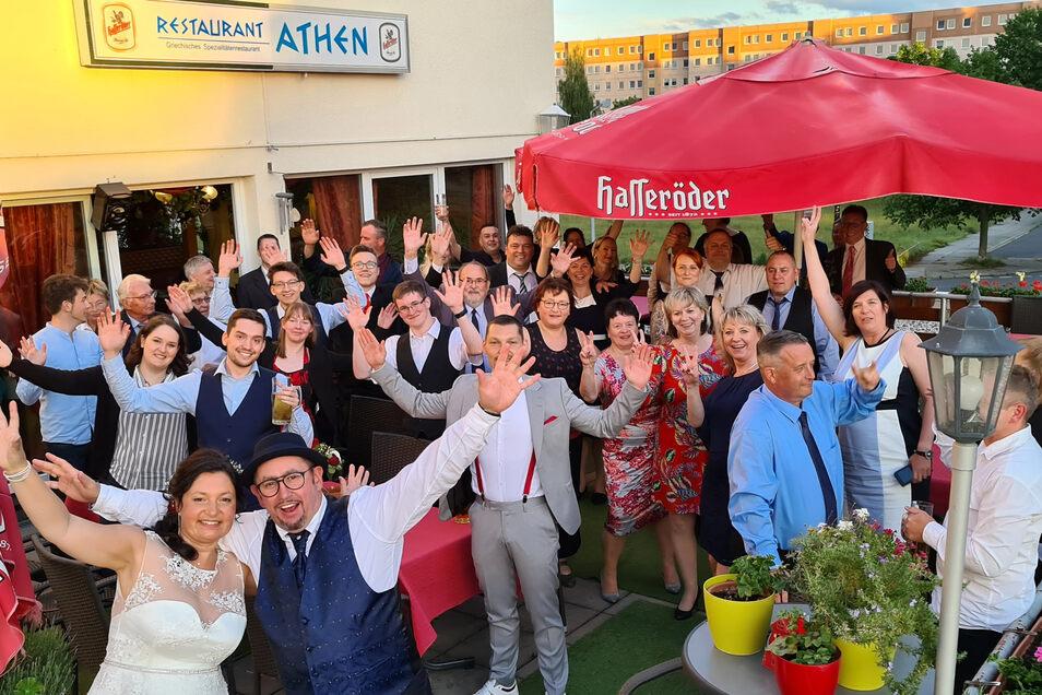 """Eine der ersten """"normalen"""" Hochzeiten nach Corona wurde am 6. Juni 2020 in Kamenz gefeiert. Nach dem Ja-Wort feuierte das Paar mit 50 Gästen in einem Restaurant."""