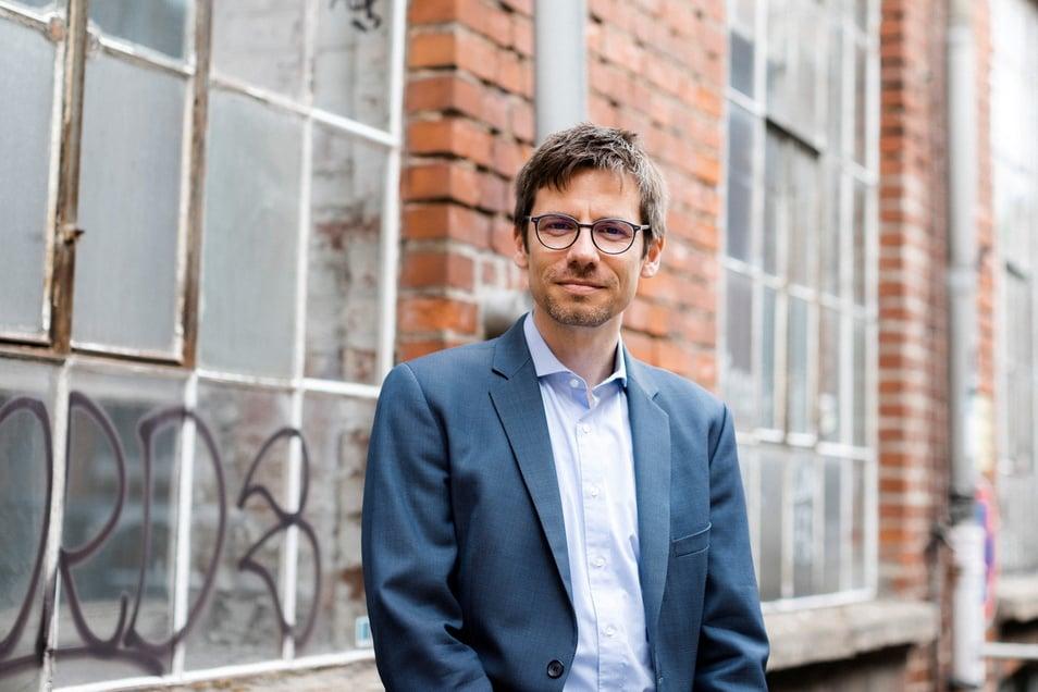 Der Schriftsteller Titus Müller kommt zu einer Lesung nach Tharandt.