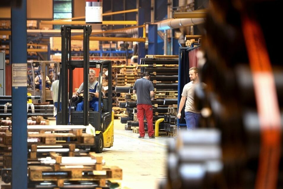 Ein Blick in eine der Produktionshallen von Hyva in Olbersdorf.