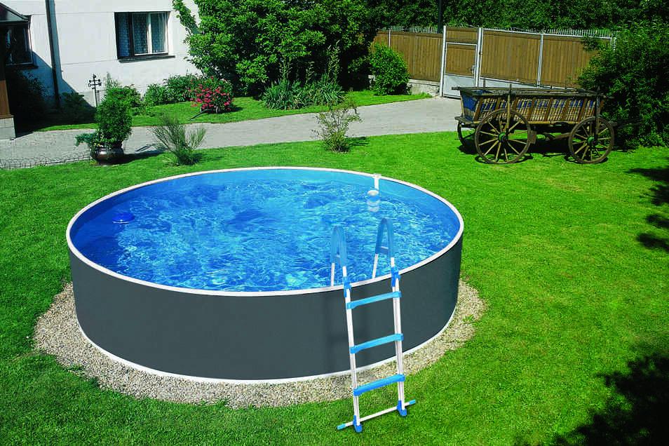 Diesen großen Splash Pool gibt es ab sofort bei LandMAXX.