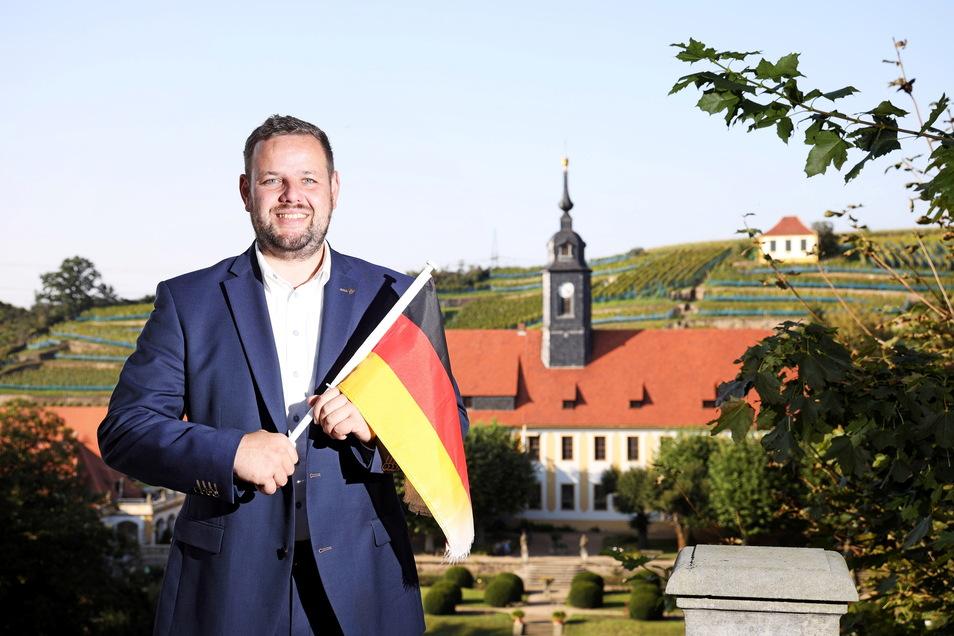 Sebastian Fischer ist CDU-Direktkandidat im Wahlkreis Meißen. Ausgerechnet er, der sich jahrelang mühte, selbst ernannten Patrioten und AfD-Sympathisanten zuzuhören, wird immer wieder Ziel von Pöbeleien.