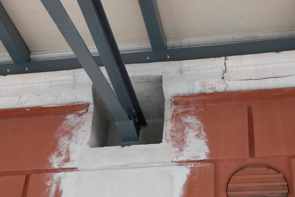 Diese vergrößerten Aufnahmen für die Querträger des Bahnsteigdachs sorgten sogar für einen Baustopp.