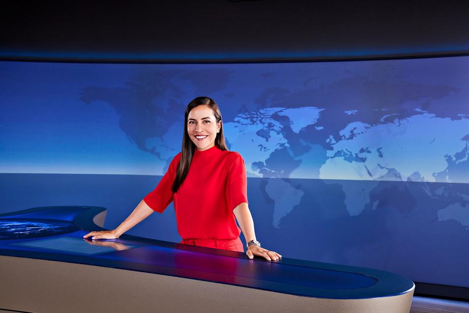 """Aline Abboud, neue Moderatorin der """"Tagesthemen"""", ist erstmals am 4. September 2021 um 23.30 Uhr als Moderatorin des ARD-Nachrichtenflaggschiffs zu sehen."""