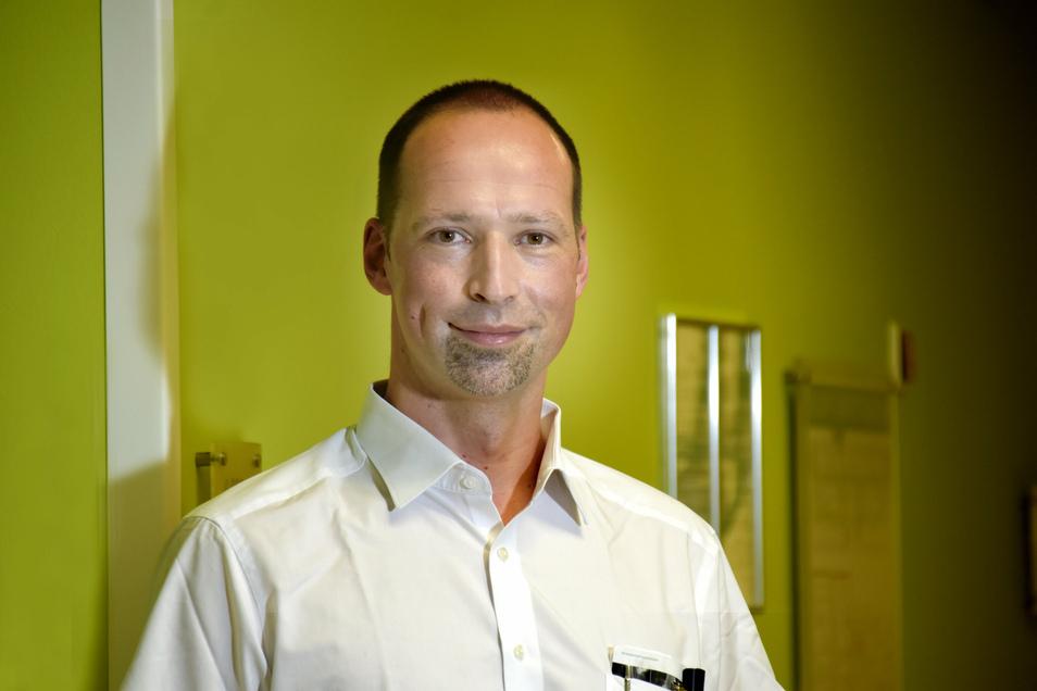 Seit 2009 arbeitet Dr. Matthias Beck an der Friedrichstädter und ist Experte für orthopädische Chirurgie und gehört zum interdisziplinären Team des Osteoporosezentrums.