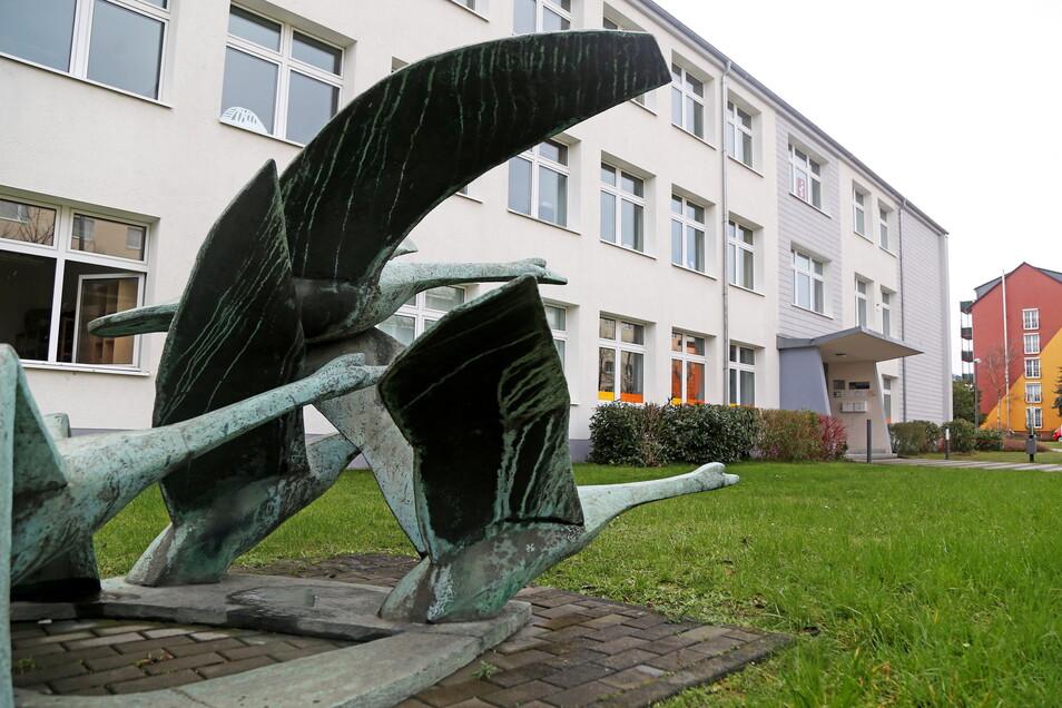 Das Christliche Gymnasium an der Langen Straße in Riesa erwartet Besuch.