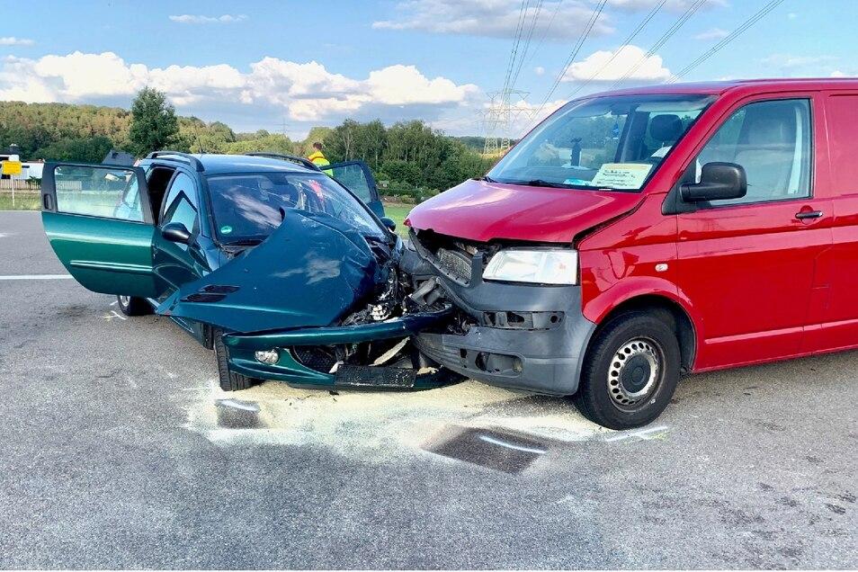 Knapp 10000 Euro Schaden entstand insgesamt bei dem Unfall.