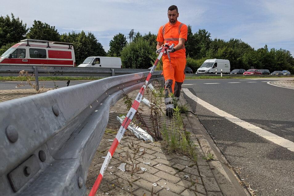 Zweimal hintereinander demoliert: Leitplanke an der A-17-Zufahrt Südvorstadt. Häufig bleiben die Verursacher von Beulen unbekannt.