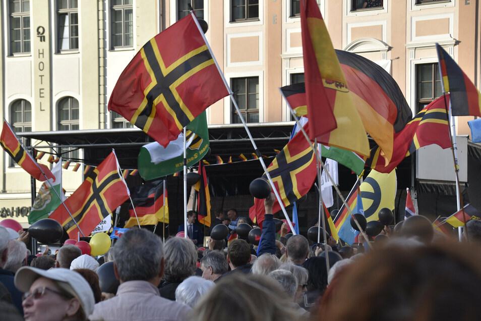 Am 25. Oktober ist der Jahrestag von Pegida - mit vielen Gegendemonstrationen.