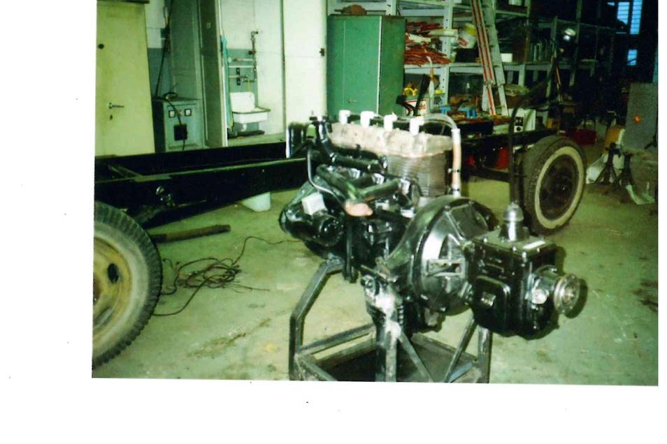 Der Benzin-Motor ist wieder einsatzbereit.