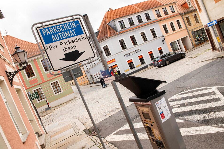 Einen Parkscheinautomaten gibt es auch auf der Schlossstraße in Großenhain.