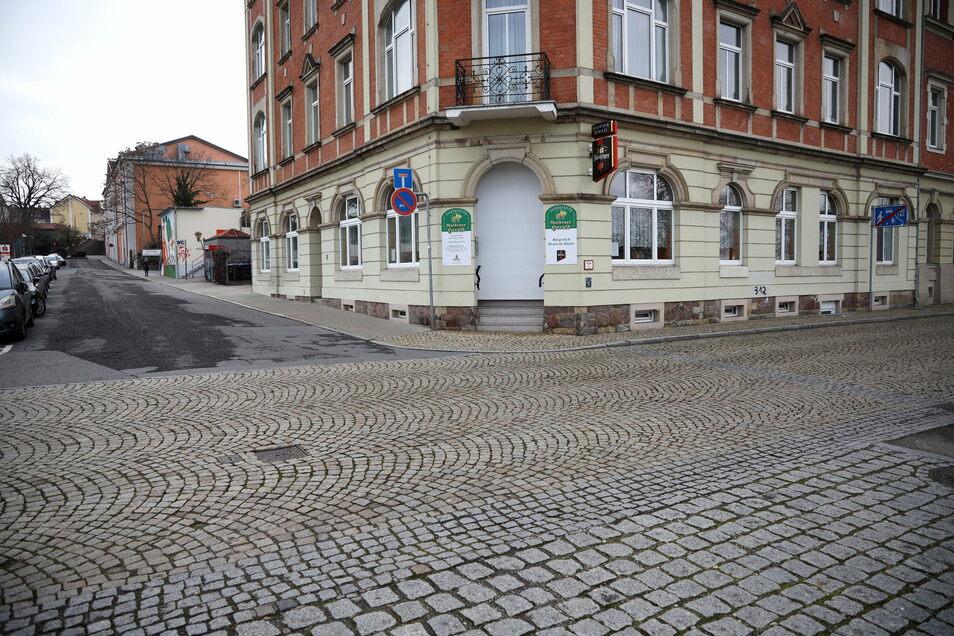 Der Goldene Herold an der Ecke Elbstraße/An der Gasanstalt hat seine Pforten geschlossen – wie viele andere Gastrobetriebe bietet aber auch er einen Außer-Haus-Service an.