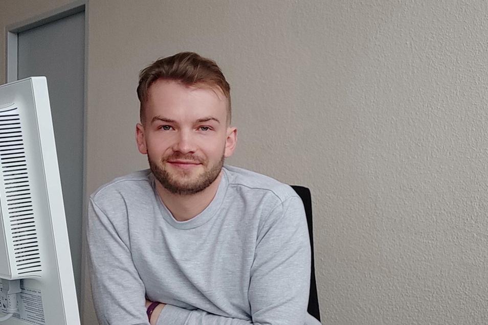 Tobias Hoeflich (30), war als Schüler und Student freier Autor in den Redaktionen Niesky und Görlitz, heute Redakteur für Online und die Sachsenseite der Sächsischen Zeitung in Dresden.