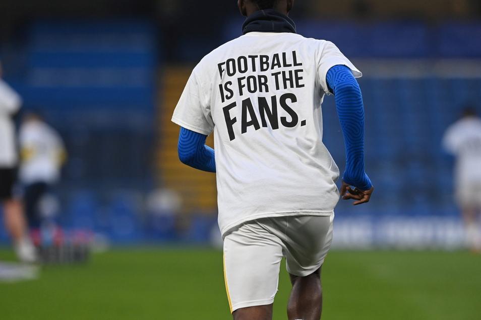 Auch der Gegner des FC Chelsea vom Dienstagabend, Brighton and Hove Albion zeigte seinen Protest gegen die Super League.