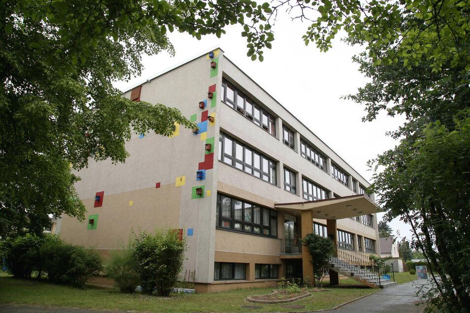 """Die Grundschule """"Traugot Gerber"""" in Zodel soll wieder in die Trägerschaft der Gemeinde. Das sorgt für Diskussionen."""